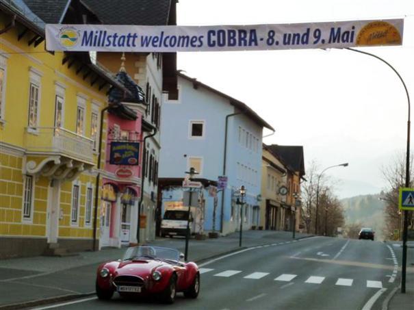 Nice & Warm Welcome in Millstatt!!  ... unter dem Banner die Original Cobra Id.-No. CSX4033!