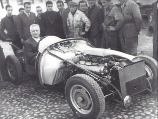 """Enzo im """"nackten"""" 125S"""