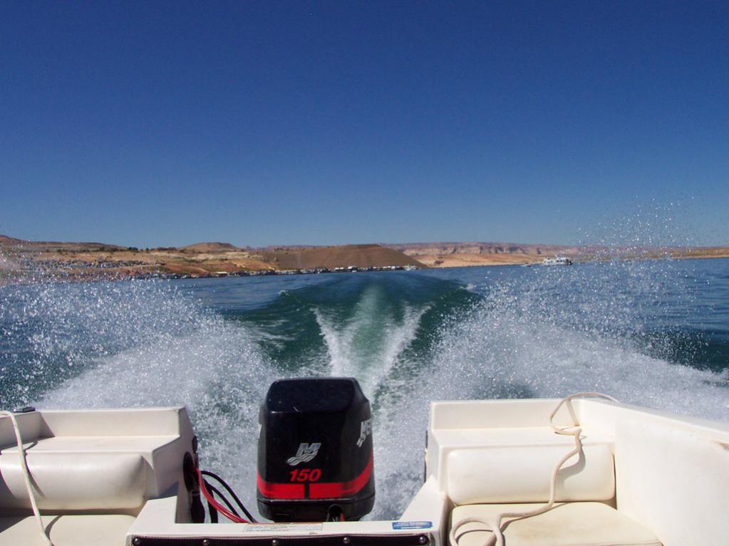 Boot fahren am Lake Powell. Kann ich jedem nur empfehlen.