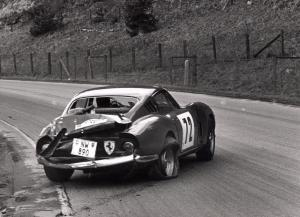 Ferrari1.thumb.jpg.f0212117df6c18341ea48