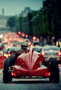 alfa on the champs elysee.jpg