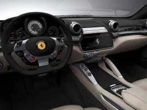 FerrariGTC4Lusso_7.thumb.jpg.42a58a0acb6