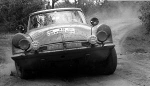 Citroen-DS-East-African-Safari-Rally-65-600x343.jpg
