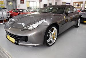 Ferrari GTC4 Lusso grau grau 001.JPG