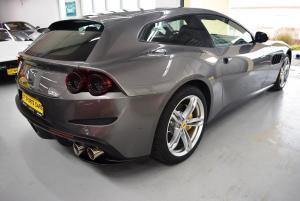 Ferrari GTC4 Lusso grau grau 003.JPG