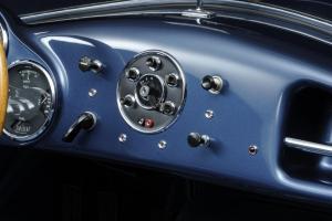 008 1953 Arnolt-Aston Martin DB2_4 Bertone Spyder de Luxe.jpg