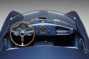 009 1953 Arnolt-Aston Martin DB2_4 Bertone Spyder de Luxe.jpg