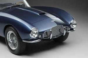 011 1953 Arnolt-Aston Martin DB2_4 Bertone Spyder de Luxe.jpg