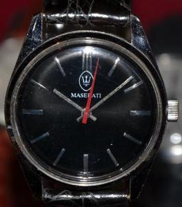 Maserati Armbanduhr 80s Schweizer Werk