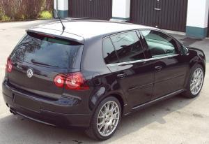 VW_Golf_GTI_2.0_Edition_30_DSG_04a.jpg