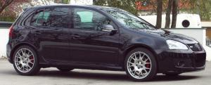 VW_Golf_GTI_2.0_Edition_30_DSG_06a.jpg