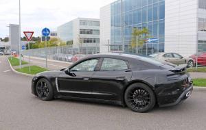 Porsche-Mission-E-Spy-Shots-11.thumb.jpg.81dec205c9f96bfe7810aa71fee0efe2.jpg