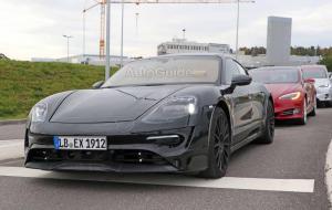 Porsche-Mission-E-Spy-Shots-19.thumb.jpg.914db2f44aab9100775967cd7904284b.jpg