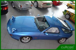 Porsche 928 GTS 088.JPG