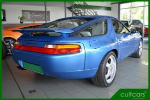 Porsche 928 GTS 017.JPG