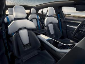 Porsche-Mission-E-Cross-Turismo-Concept-2.thumb.jpg.e9fe6a86f4303c931e76998b625e1021.jpg