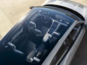 Porsche-Mission-E-Cross-Turismo-Concept-4.thumb.jpg.5d2de61efa51e8c0bde36e8d96621a6e.jpg