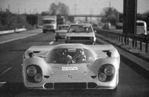 Rossi-porsche-917-stradale_1.thumb.jpg.f8b595a5faae3f863dd9262c5c6752a0.jpg