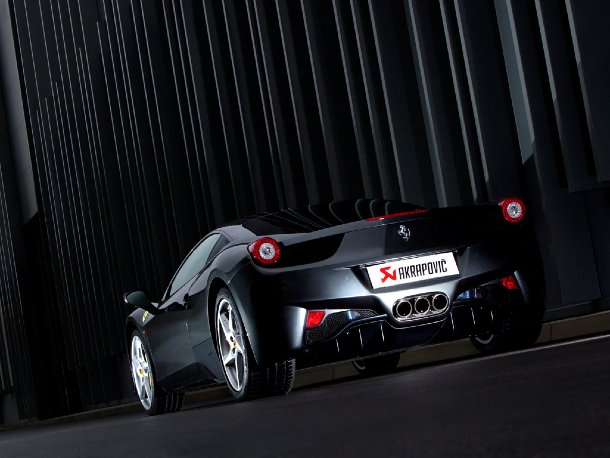 Akrapovič - Ferrari 458