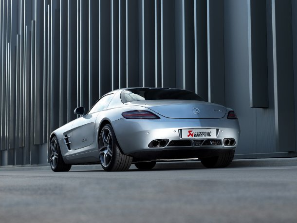 Akrapovič - Mercedes-Benz SLS AMG