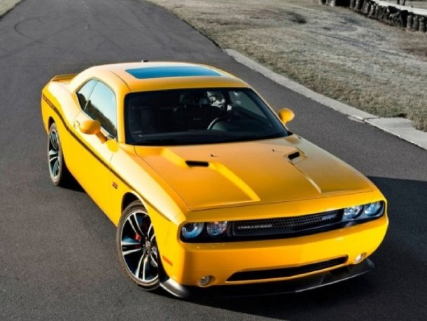 Dodge Challenger SRT8 Yellow Jacket