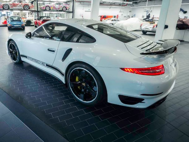 Porsche 991 Turbo S GB Edition