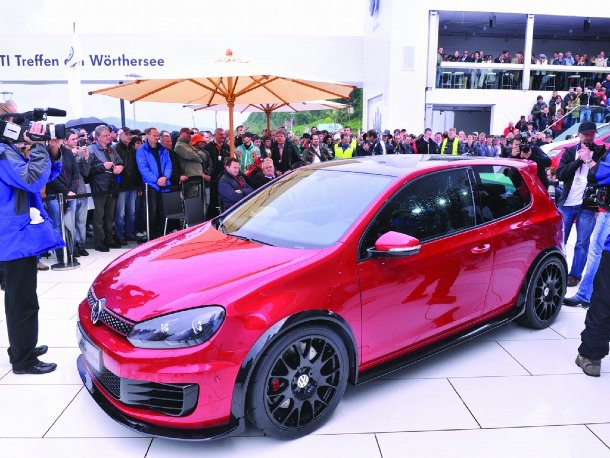 Volkswagen Golf GTI Excessive