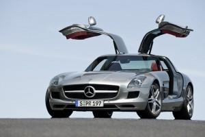 Mercedes-Benz SLS AMG gewinnt das Goldene Lenkrad