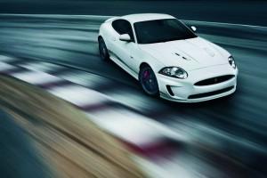 Jaguar XKR Black Pack und Speed Pack – Pack die Katze in den Tank