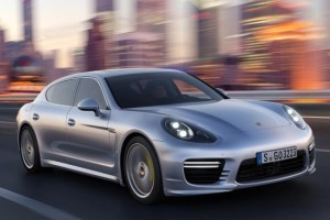 Porsche Panamera Turbo Executive – 15 Zentimeter mehr