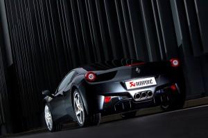 Edeltuning aus Titan für den Ferrari 458 Italia