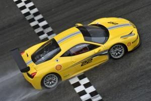 Ferrari 458 Challenge Evoluzione – Auf in die Saison 2014