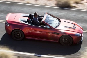 Aston Martin V12 Vantage S Roadster – Open Air