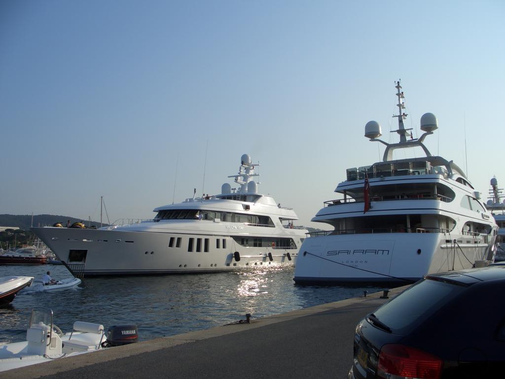 Die tägliche Rush-hour im Hafen.