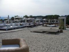 Nikki Beach, einer der besten Beaches momentan. Es gibt sogar noch einen eigenen Pool etwas weiter hinten.