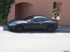 Maserati vorm Biblos