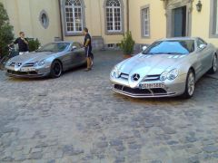 "2x SLR McLaren, links als ""Edition 722"""