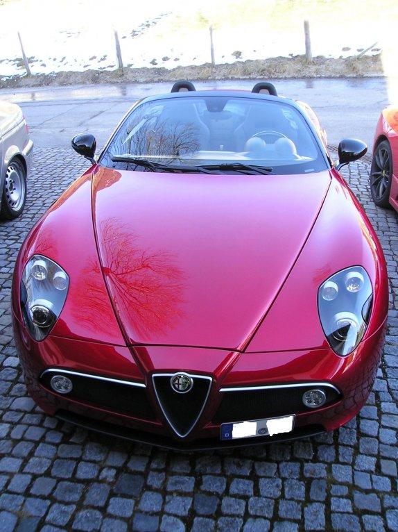 Alfa Romeo 8C Spider Zymöl Concours