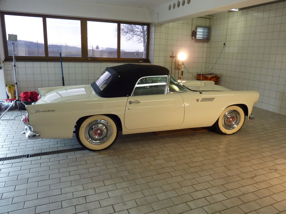 Ford Thunderbird Baujahr 1955  Zymöl Glasur