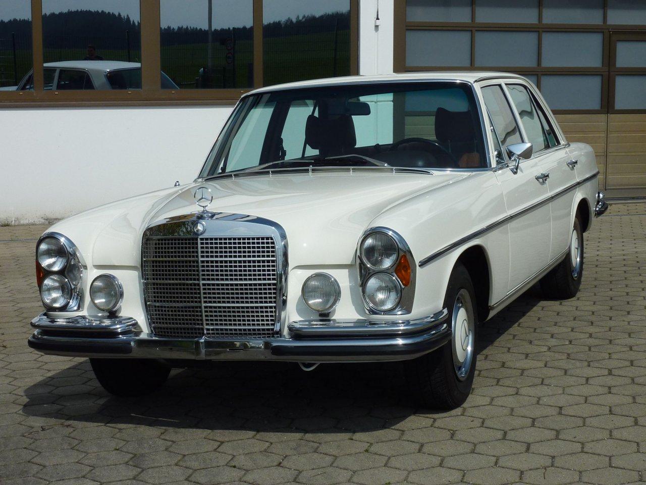 MB 280 SE 3,5 163.839km  Bj. 1972 18,5 Std. Zymöl Glasur
