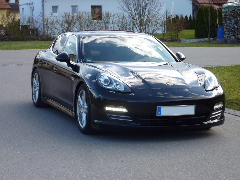 Porsche Panamera 4S 100.000km Auftrag:  Schutz auftragen o. Defektkorrektur CarLack68 Versiegelung Lederinstandsetzung (9 Stellen) mit Coloulock Material