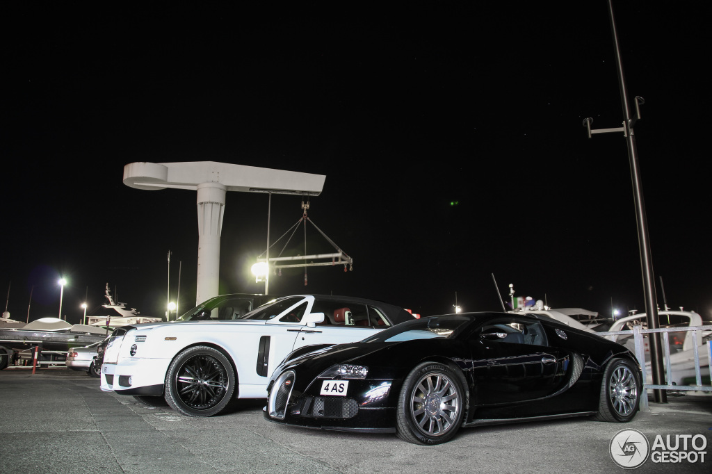 Bugatti Veyron & Rolls Drophead Coupe am Hafen