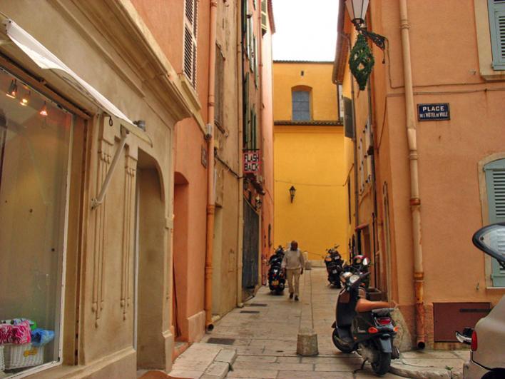 Kleine Seitenstraße
