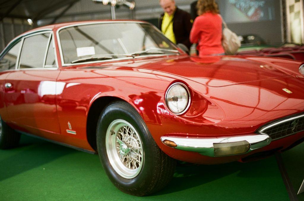Ein sehr schöner Ferrari 365 GT 2+2 von 1967.