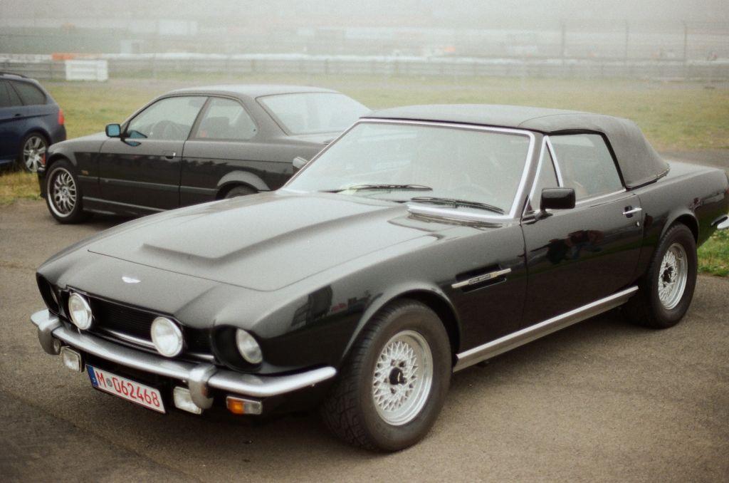 Seit seiner Vorstellung vor rund 30 Jahren gehört der Aston Martin Volante für mich zu den schönsten Cabrios aller Zeiten.
