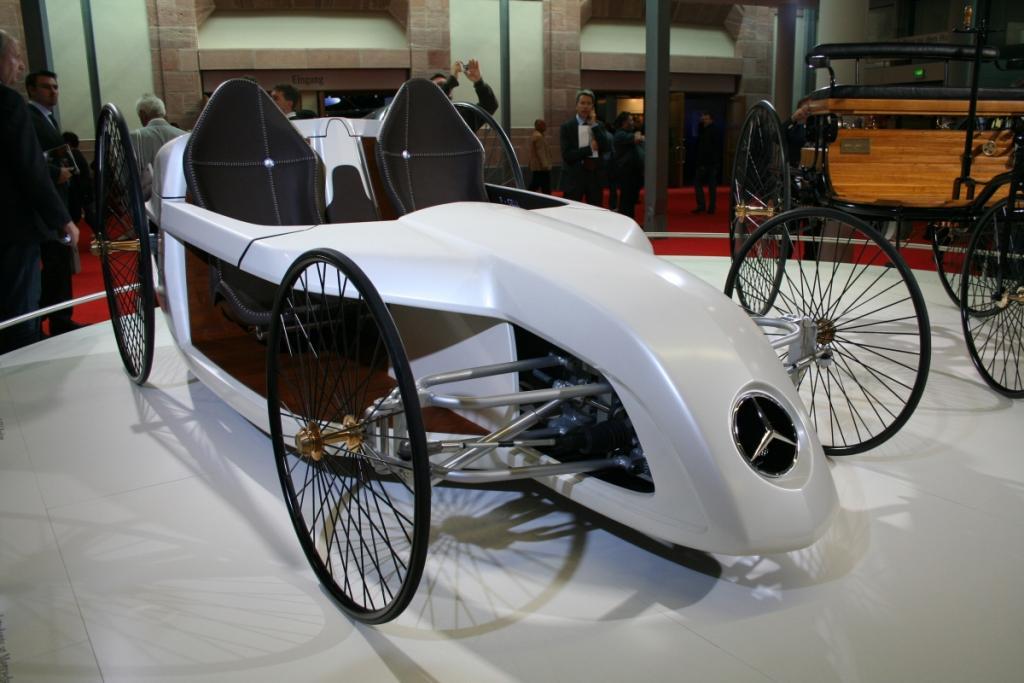 Mercedes F-Cell Roadstar