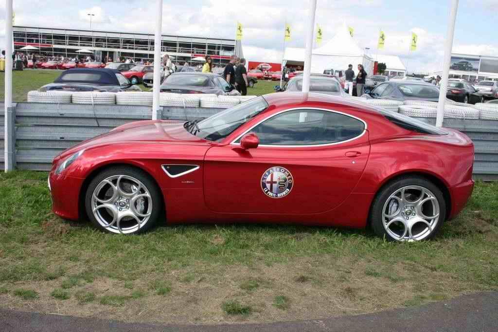 Alfa Romeo 8C Competizione (OGP 2008)