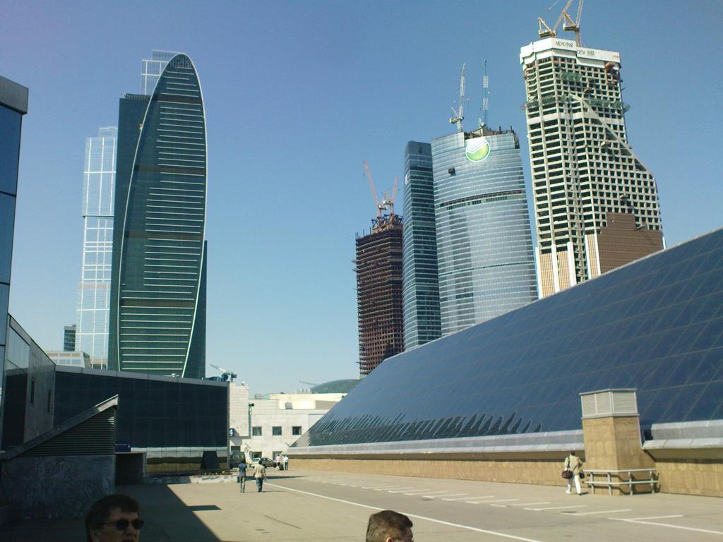 Am modernen Expocenter in Moskau wird fleißig weitergebaut. Das Bild zeigt den Stand von Ende Mai 2011.
