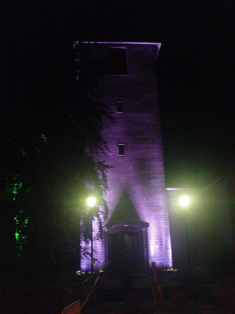 Illumination der Imgenbroicher Pfarrkirche anlässlich der 650-Jahr-Feier dieses (heutigen) Monschauer Stadtteils am 5. Juni 2011