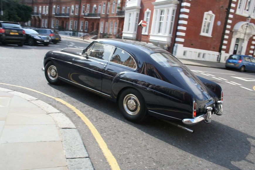Bentley R Continental in London